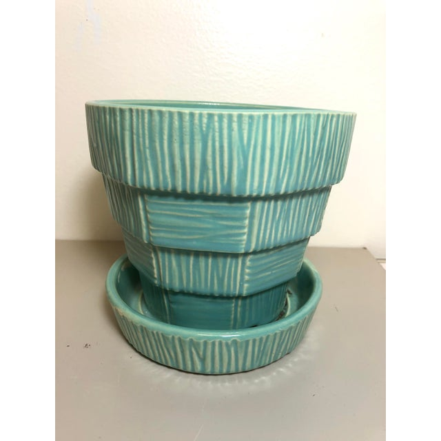 """McCoy Pottery 1940s - 1960s Medium"""" Teal Blue"""" Mid-Century Flowerpot and Saucer For Sale In Los Angeles - Image 6 of 6"""