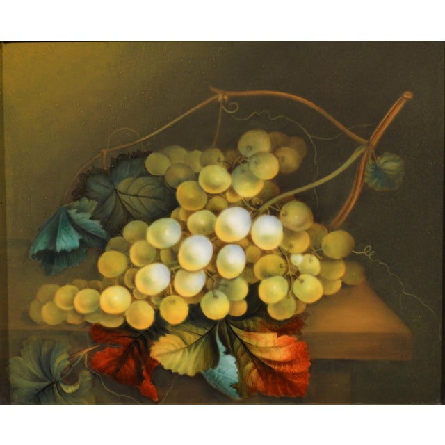 English English Porcelain Still Life Plaque Depicting Green Grapes on a Tabletop, in the Manner of Thomas Steel, Circa 1830-40 For Sale - Image 3 of 5