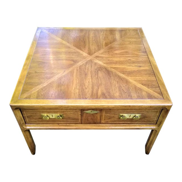 Mid-Century Mastercraft End Table For Sale