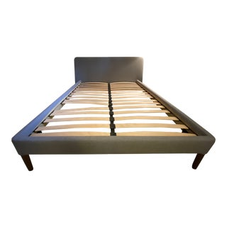Design Within Reach Queen Ducale Wool Parallel Bedframe For Sale