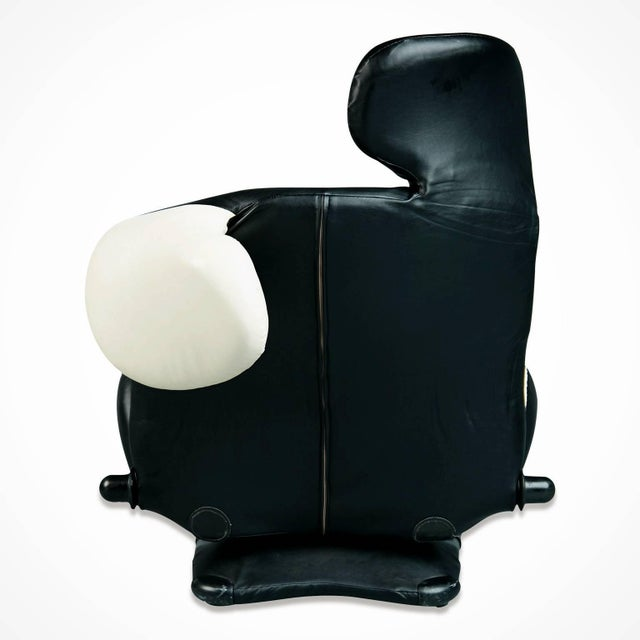 """1980s Toshiyuki Kita """"Wink"""" Lounge Chair for Cassina, Italy For Sale - Image 9 of 11"""