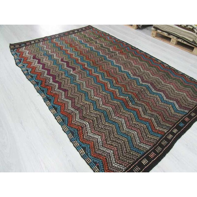 Vintage Turkish Kilim Decorative Embroidered Rug - 6′4″ × 9′8″ For Sale - Image 5 of 6