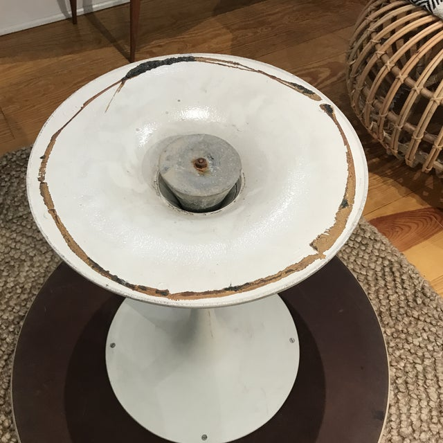 1960s Mid-Century Modern Tulip Side Table For Sale In New York - Image 6 of 10