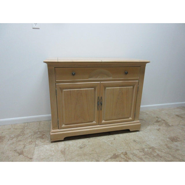 """Great shape. Tight and sturdy... Please see our photos as they are considered part of the description. 68.5 X 22 x 35.5""""..."""