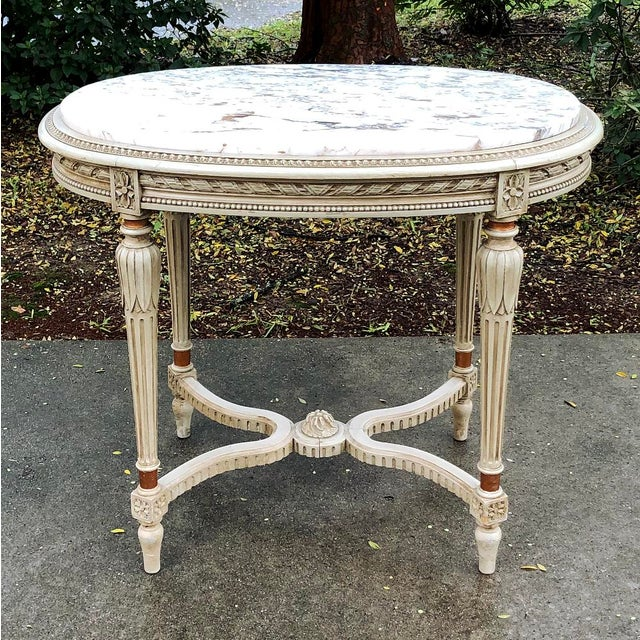 19th Century French Louis XVI Marble Top Oval End Table For Sale - Image 4 of 11