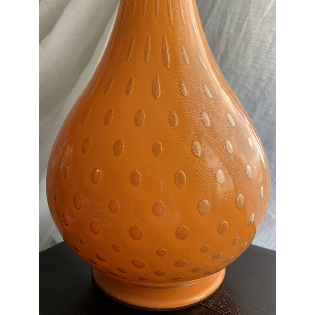 1950s 1950s Murano Cased Tangerine Orange Glass With Gold Fleck Bullicante Genie Bottle Decanter For Sale - Image 5 of 13