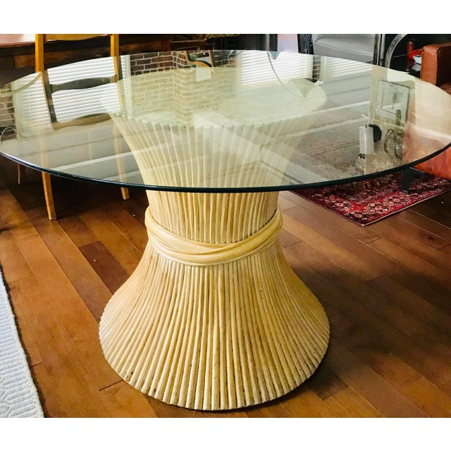 1980s 1980s Hollywood Regency Sheaf of Wheat Bamboo Pedestal Dining Table For Sale - Image 5 of 7