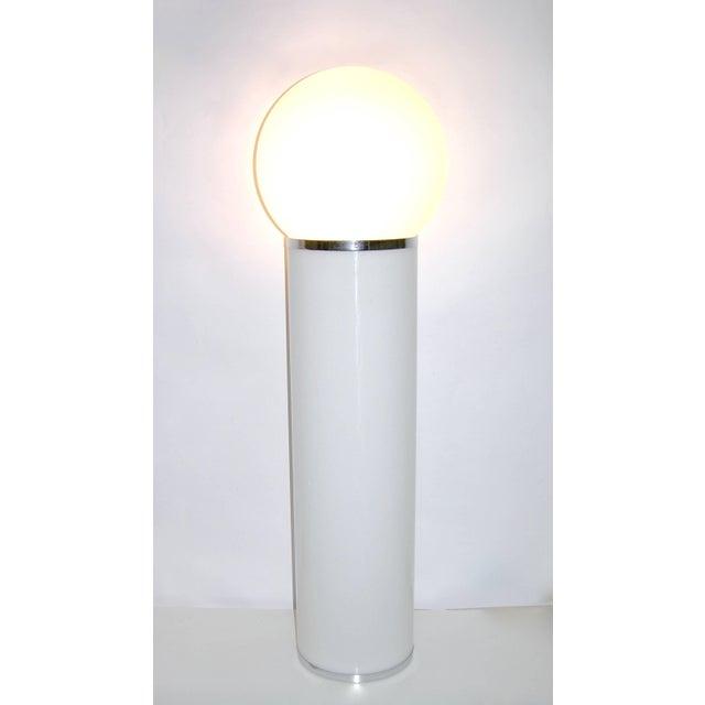 LOM Lom 1960s Italian Minimalist Cylindrical Double Lit White Floor Lamp For Sale - Image 4 of 8