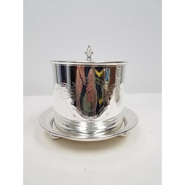 Silver Antique English Silverplate Biscuit Container - Elkington For Sale - Image 8 of 8