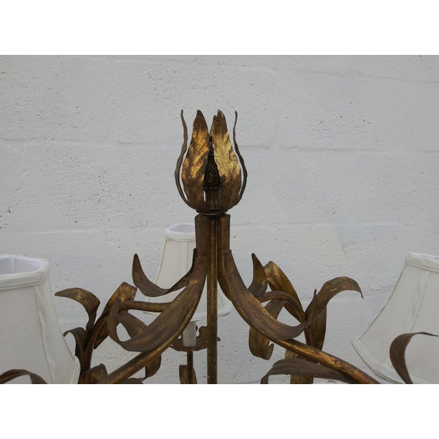 1950's Italian Florentine Gilt Tole Floral 4 Arm Floor Lamp For Sale In Miami - Image 6 of 12