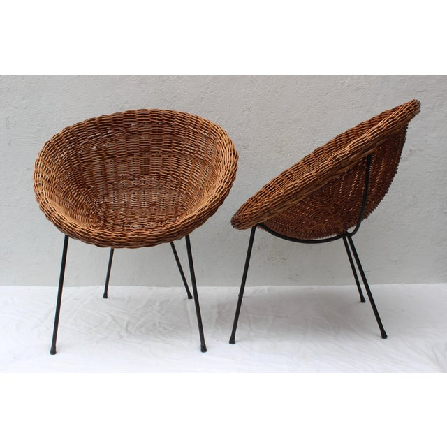 Wood Pair of Rattan Chairs and Table in the Style of Franco Albini For Sale - Image 7 of 8