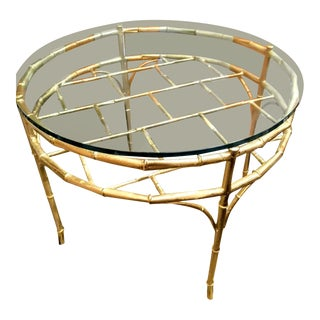 Gold Faux Bamboo Vintage Palm Beach Regency Round Chippendale Coffee Table For Sale