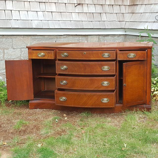 George Flint & R.J. Horner Co. Credenza For Sale - Image 5 of 7