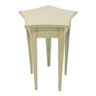 Hickory Chair Candlestick Cream Side Table For Sale