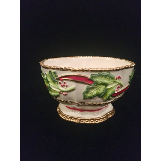 Adorable decorative vintage Fitz and Floyd bowl or candy dish with holly leaf motif. The colors are vibrant and the look...