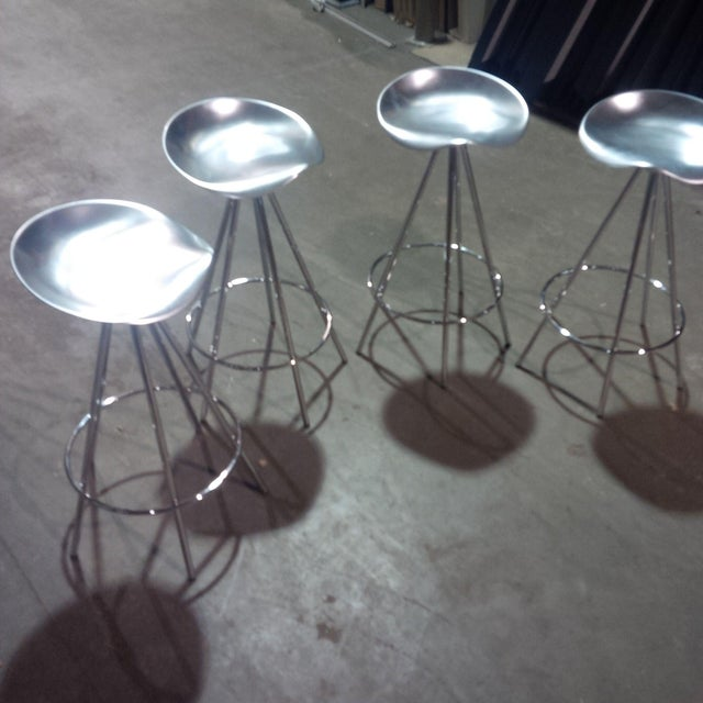 A beautiful set of 4 Knoll Jamaica counter stools designed by Pepe Cortes. Lovely condition! Ready for drinks and...