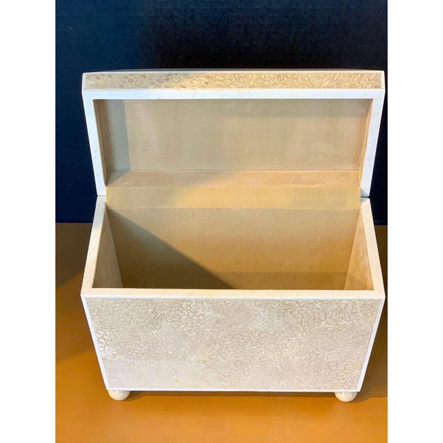 Lacquered Shell and Bone Tapered Sarcophagus Box, by Maitland- Smith For Sale In West Palm - Image 6 of 13