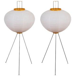 Isamu Noguchi Akari 10a Floor Lamps - a Pair For Sale