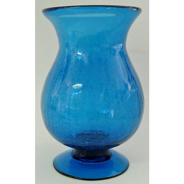 Peacock Glass Urn Vase - Image 2 of 4