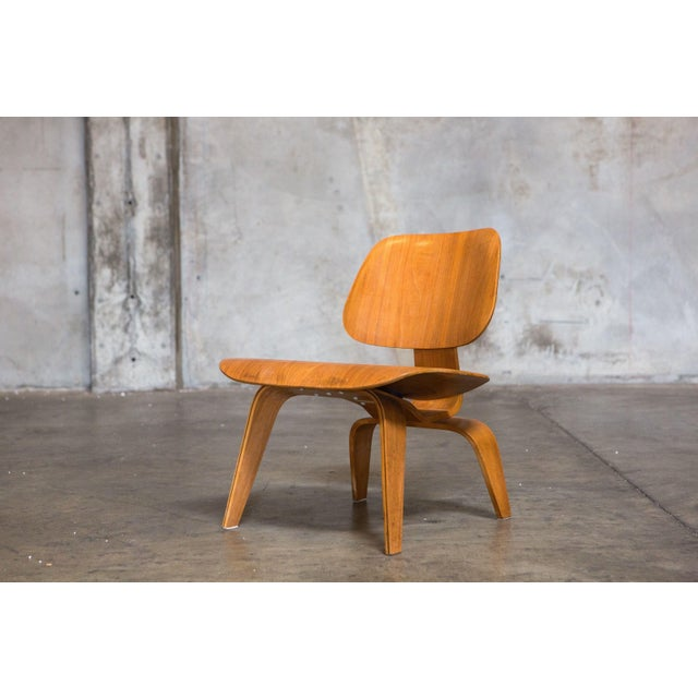Eames Bentwood Low Chair in Medium Finish - Image 3 of 5