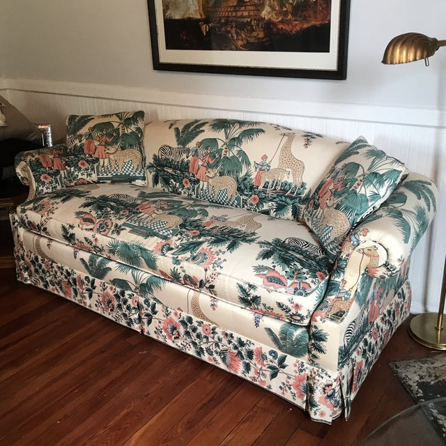 This is an amazing vintage Pearson sofa with rolled arms and single cushion, upholstered in chintz PF Kaufmann-esque...