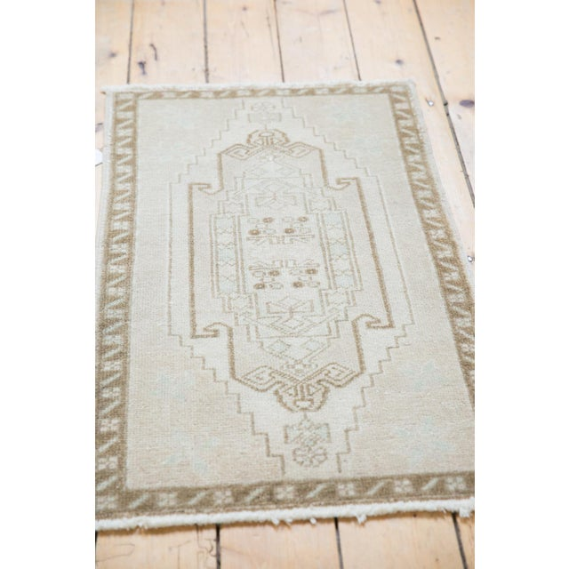 "1970s Vintage Distressed Oushak Rug Mat - 1'10"" X 2'11"" For Sale - Image 5 of 6"