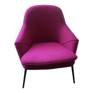 Contemporary Scandinavian Fuchsia Wendelbo Lounge Chair For Sale