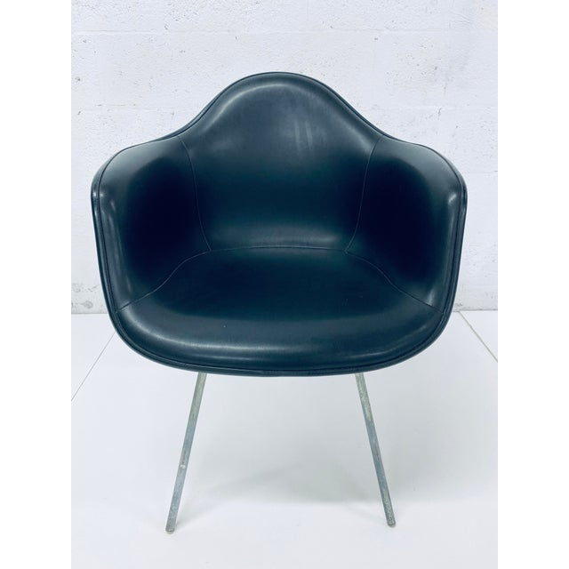 1950s Herman Miller Black Leather Arm Chairs by Charles and Ray Eames, 1950 - a Pair For Sale - Image 5 of 12