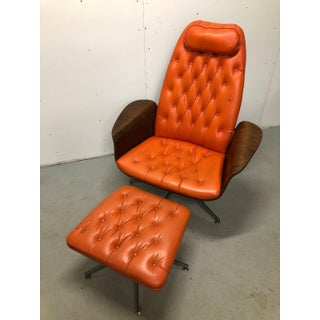 """1960s Vintage Plycraft """"Mr. Chair"""" Bentwood Lounge and Ottoman by George Mulhauser Preview"""