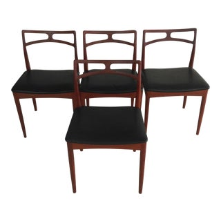 Mid-Century Modern Set of Four Danish Johannes Andersen Dining Chairs in Teak, Inc. Reupholstery For Sale