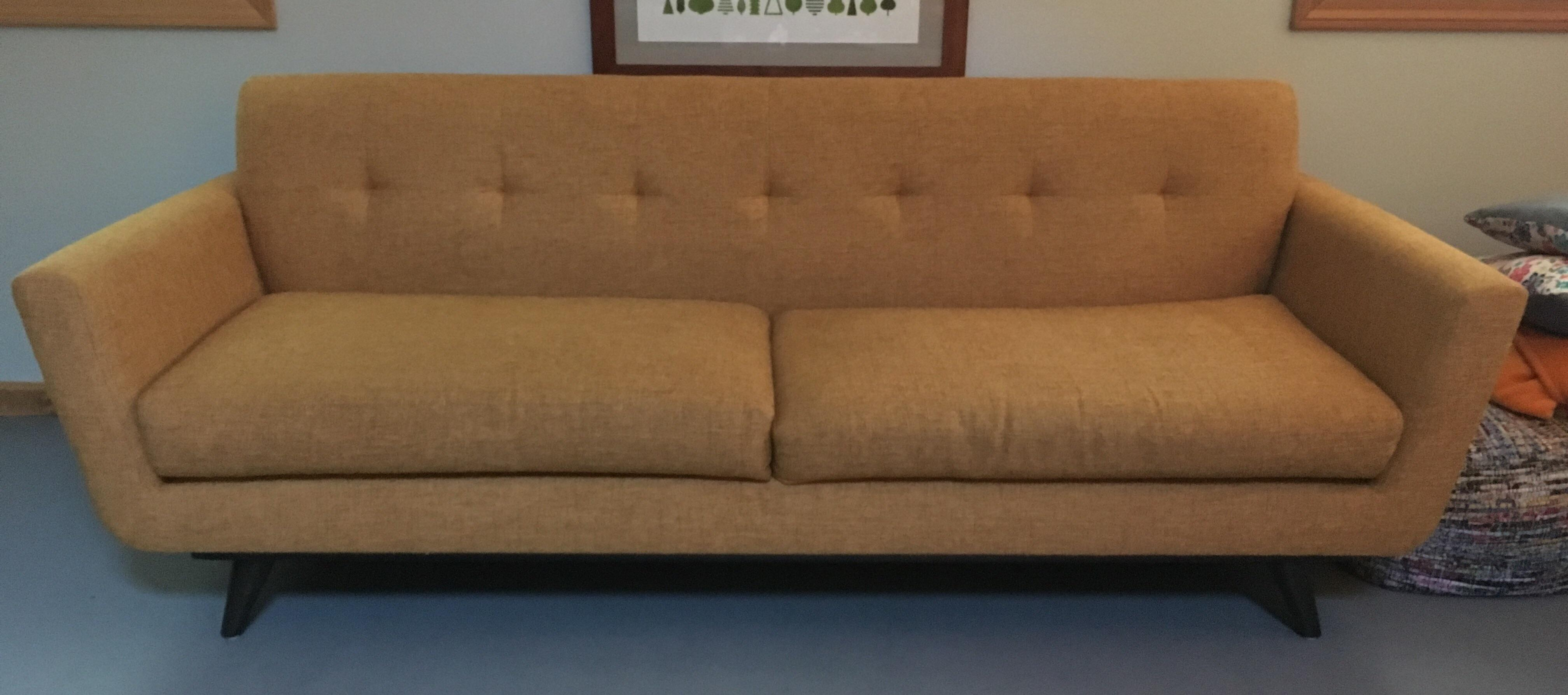 Genial Mid Century Modern Nixon Sofa. About 3 Years Old, Good Condition, No