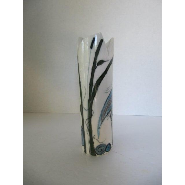 Crane Vase - Image 3 of 7
