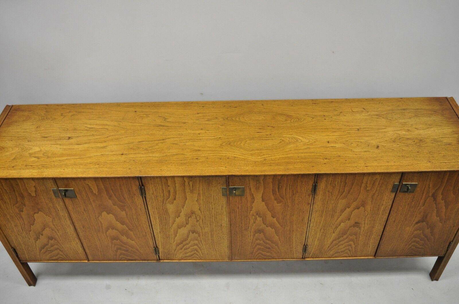 Mid Century Modern Oak Credenza Cabinet Chairish