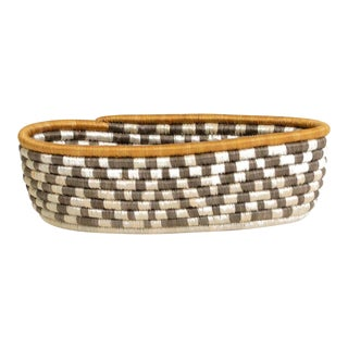 African Rwanda Woven Sweet Grass and Sisal Wall Bread Basket For Sale
