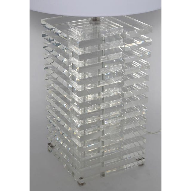 Contemporary GIANT STACKED-LUCITE TABLE LAMP For Sale - Image 3 of 8