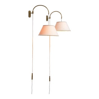 Gino Sarfatti Pair of Wall Lamps With Counterweight, Italy For Sale