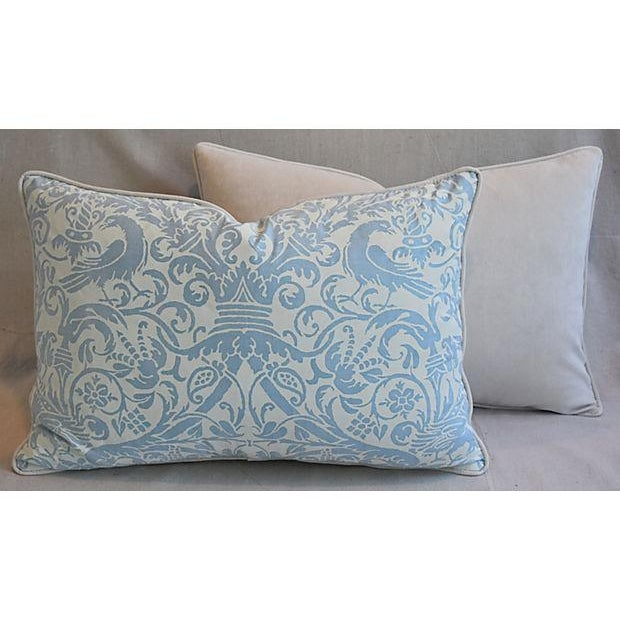 """26"""" X 18"""" Custom Tailored Italian Fortuny Uccelli Feather/Down Pillows - a Pair For Sale - Image 9 of 11"""