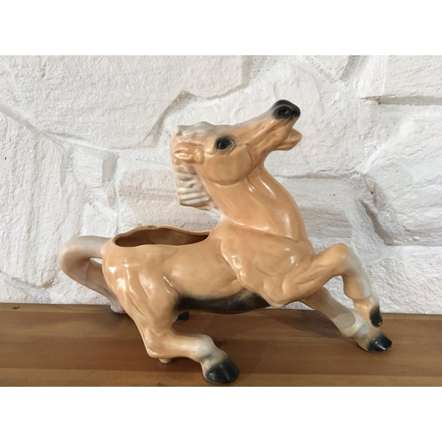 Offered is a vintage Palomino ceramic planter. Wonderfully detailed and impressive in size. Perfect for the equine...