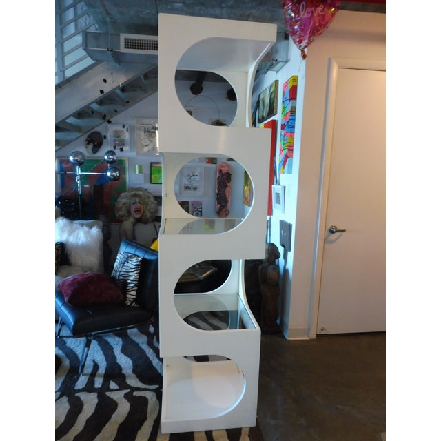 Mid-Century Modern 1970s Mid-Century Modern Edward Wormley for Dunbar Etagere For Sale - Image 3 of 11