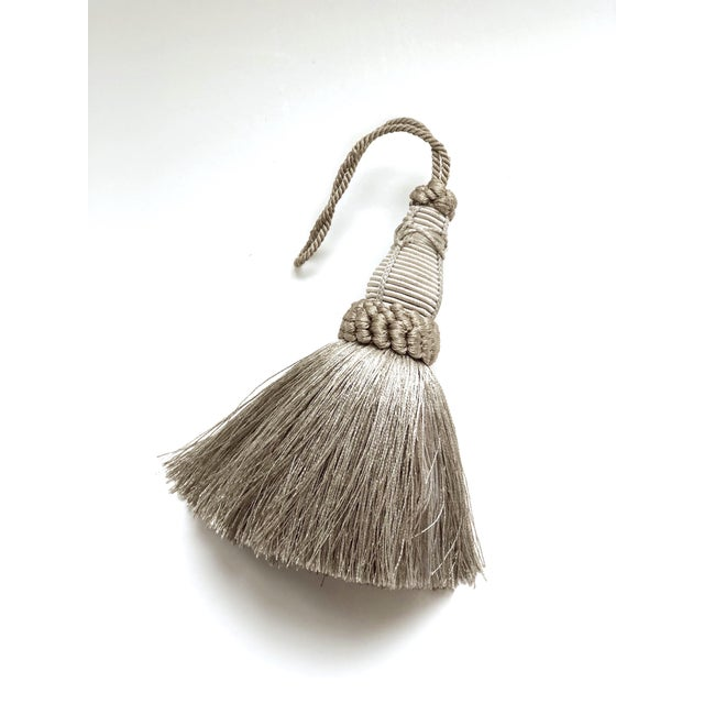 English Key Tassel in Pewter and Silver With Looped Ruche Trim For Sale - Image 3 of 10