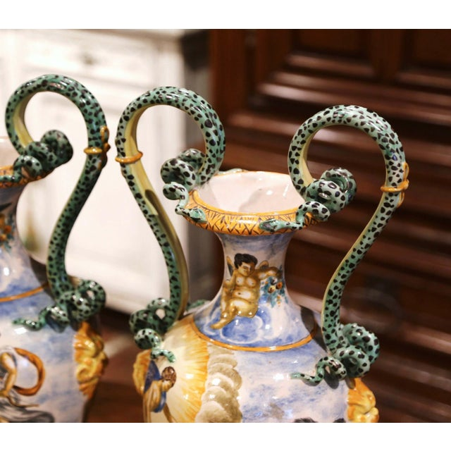 19th Century Italian Classical Painted Majolica Vases With Roman Scenes - a Pair For Sale - Image 11 of 13