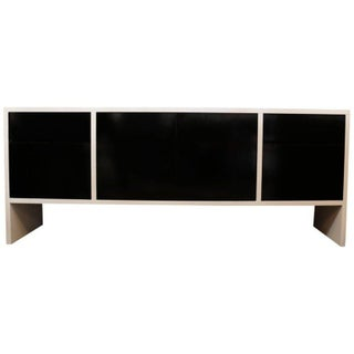 Milo Baughman White Lacquered Credenza with Contrast Doors Preview