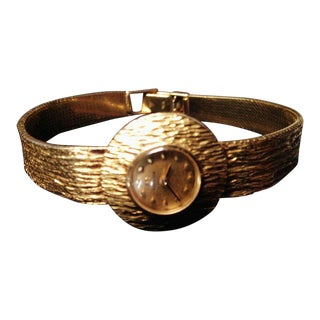 Mid-Century Modern 14-Karat Gold Omega Women's Wrist Watch For Sale