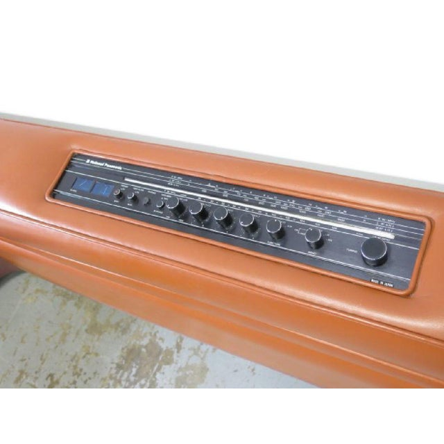 Orange Leather King-Sized Bedframe in the Style of Guido Faleschini For Sale - Image 8 of 9