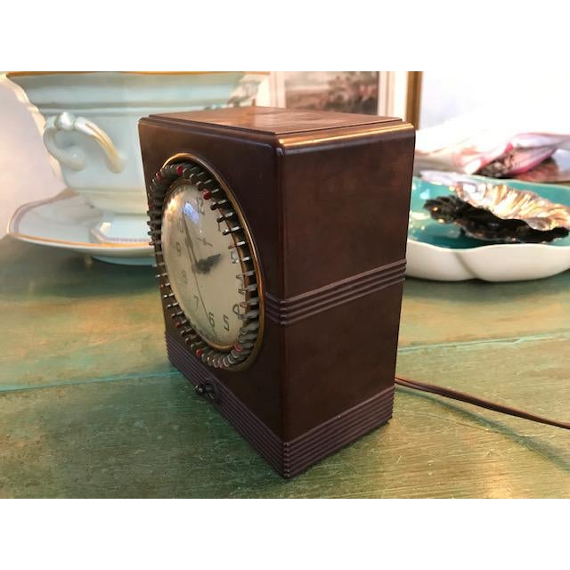 Mid-Century Modern Vintage Mid-Century Bakelite Electric Parlor Clock Timer For Sale - Image 3 of 7