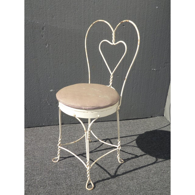 Metal Vintage Farmhouse Industrial White Iron Table & Four Heart Shaped Chairs Set For Sale - Image 7 of 12