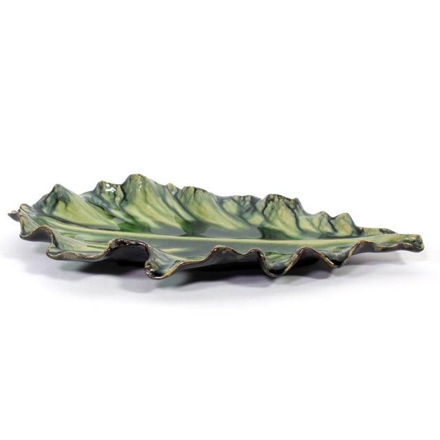 Boho Chic Large Acanthus Leaf Majolica Platter in Natural Green by Jardins en Fleur For Sale - Image 3 of 10