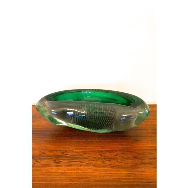 Green Vintage Alfredo Barbini Sculptural Murano Glass Bowl For Sale - Image 8 of 9