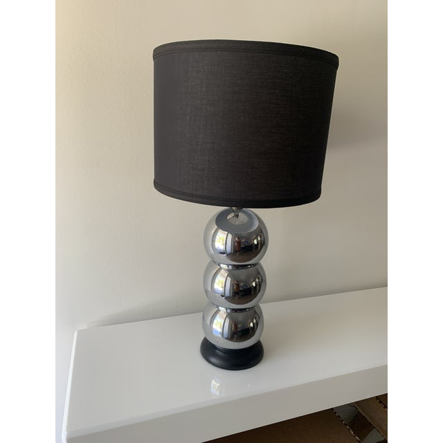 1970s Silver Chrome Stacking Ball Table Lamp in the Manner of George Kovacs For Sale - Image 10 of 11