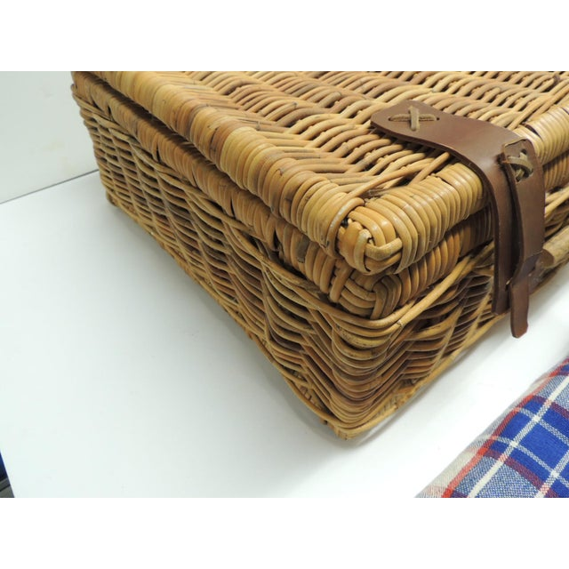 Vintage Picnic Wicker Basket with Blanket and Serving Set - Image 4 of 5